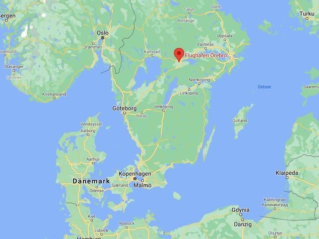 """Unfall in Schweden - Kleinflugzeug mit neun Menschen stürzt ab - Polizei nennt Lage """"sehr ernst"""""""
