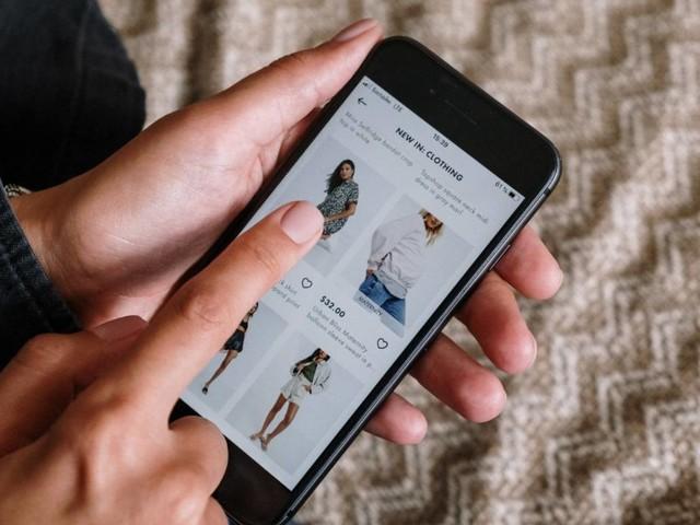 Studie: Pandemie macht Onlineshopping häuslicher