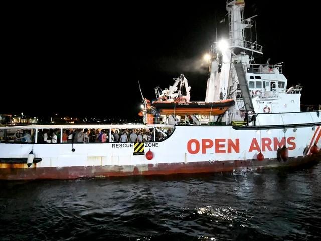 Italien lässt Rettungsschiff anlegen – nach Absage aus Malta