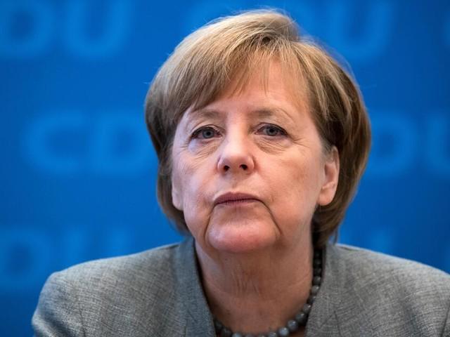 Angela Merkel schneidet Donald Trump - um für ein starkes Europa zu werben