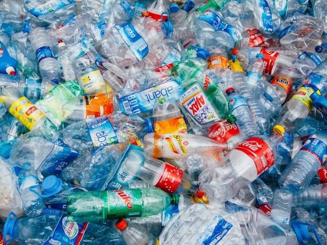 Kunststoffe verursachen jährlich 1,8 Milliarden Tonnen Treibhausgase