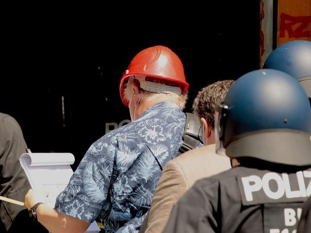 Rigaer 94: Brandschutzprüfer kommt nur unter Polizeischutz ins Besetzer-Haus