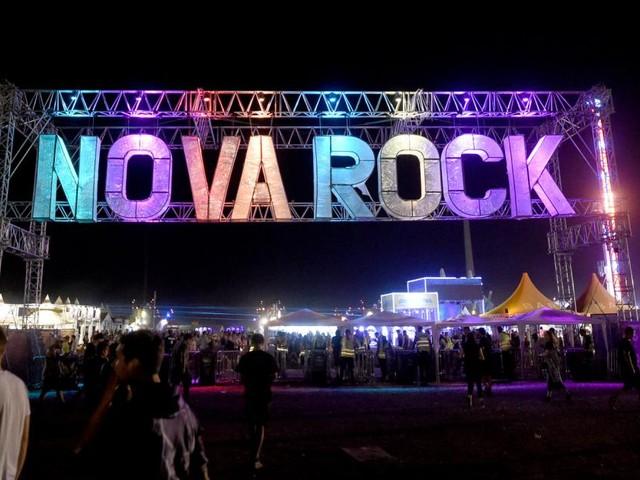 """Warum Wr. Neustadt mitten in der 4. Welle """"Ja"""" zum Nova Rock sagt"""