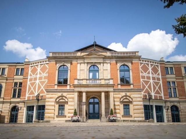 Bayreuther Festspiele starten mit «Holländer» - Merkel kommt