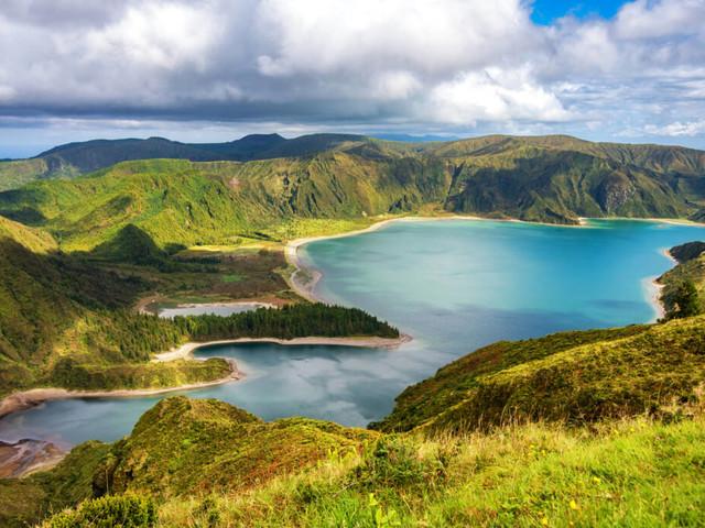 Mitten im Atlantik: Azoreninsel São Miguel – ein einziges Naturwunder