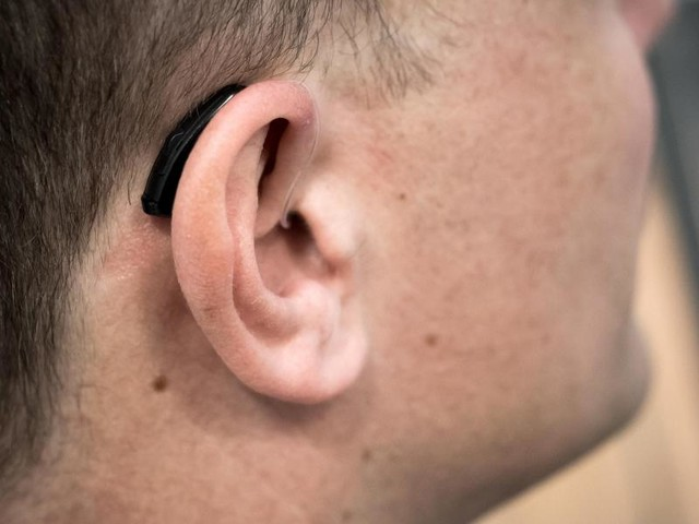 Gehör durch Training an Hörgeräte gewöhnen