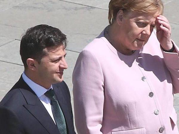 Sorgen um die Kanzlerin: Merkel am Tag nach dem Zitteranfall: «Mir geht es sehr gut»