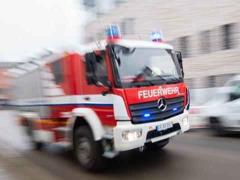 Brand in Dachgeschosswohnung in Berlin-Wedding