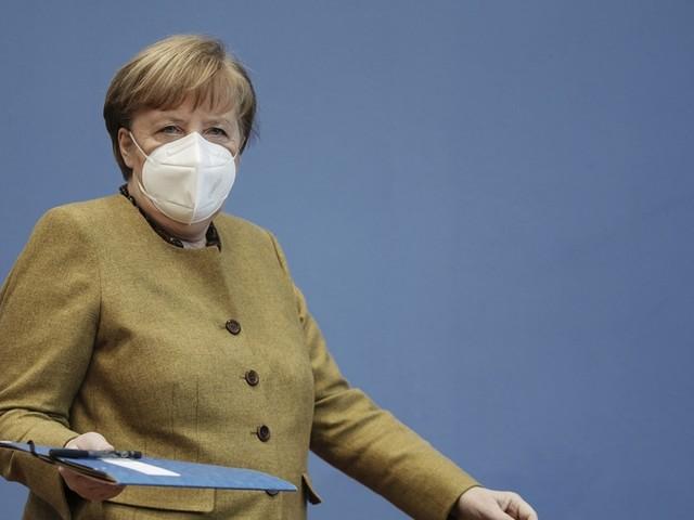 """Merkel beantwortet Frage von watson über Lage junger Menschen: """"Für sie ist es die schwierigste Zeit. Wir werden weiter helfen"""""""