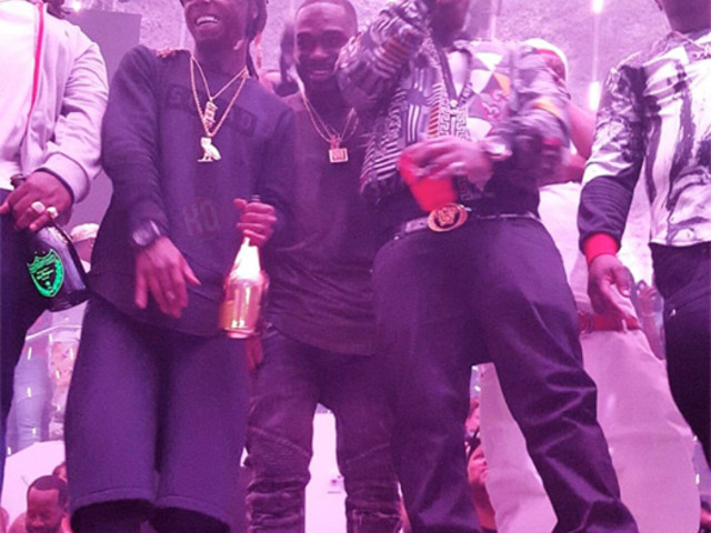 "Lil Wayne Performs ""Pop Bottles"", ""Duffle Bag Boy"", ""Where Ya At"" & More At LIV Club [Video]"