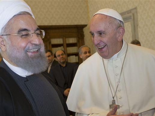 Italien dækker nøgne skulpturer for Irans præsident