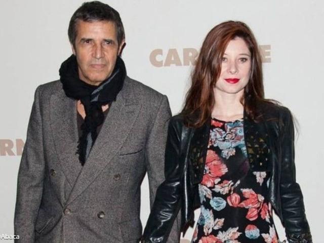Julien Clerc et sa femme Hélène Grémillon sans domicile pendant le confinement, le chanteur raconte ce moment difficile