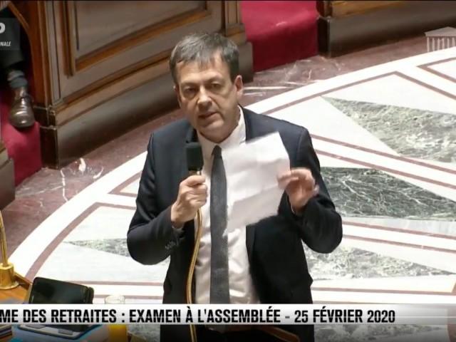 """""""La République c'est nous, et vous vous n'êtes rien"""" : à l'Assemblée, la majorité bafoue le respect de l'opposition"""