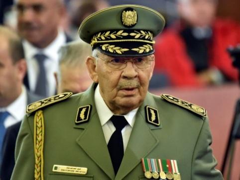 Algérie: décès du puissant chef d'état-major de l'armée, le général Gaïd Salah