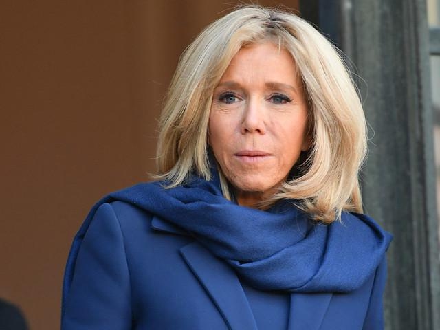 « Je traverse la rue et je vous trouve du travail» : Brigitte Macron explique la phrase polémique de son mari