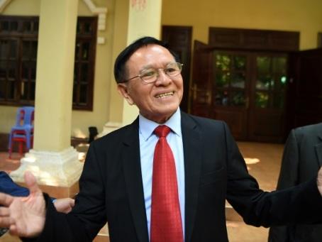 """Cambodge: un dirigeant de l'opposition jugé pour """"trahison"""""""