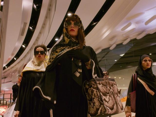 «Le Monde est à toi» sur OCS : une parodie ultra pop des films de gangsters