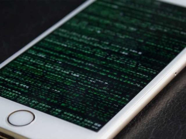 Apple offre 1 million de dollars à qui réussira à hacker l'iPhone