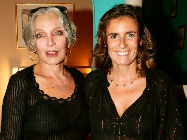 Mort de Marie Laforêt : le bel hommage de ses filles Lisa Azuelos et Debora Kahn-Sriber