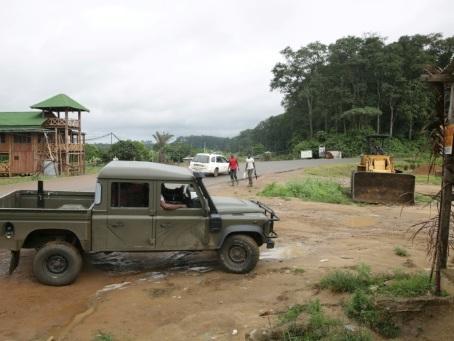 En lisière des parcs du Gabon, la lutte contre le réchauffement climatique ne convainc pas