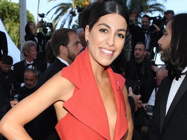 Cannes 2019 : Fadela Mecheri recycle le tapis rouge pour monter les marches