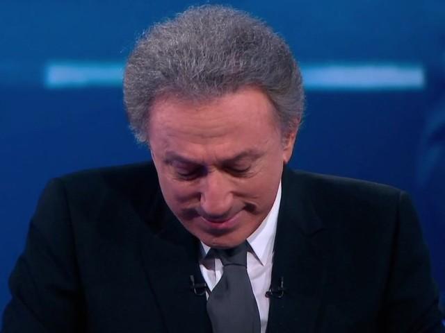 Michel Drucker fond en larmes à la fin de l'émission spéciale Johnny Hallyday sur France 2