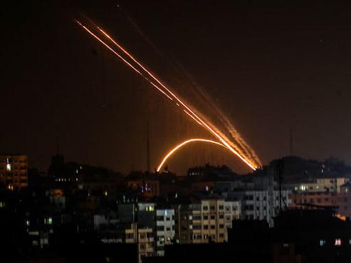 Les corps de 8 membres d'une même famille retrouvés dans les décombres de leur maison après une frappe israélienne sur Gaza