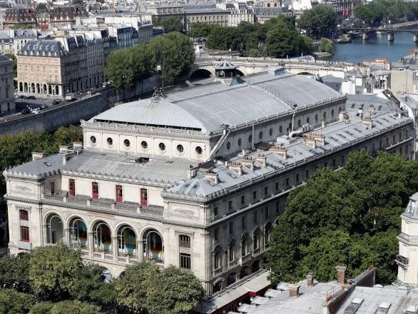Le Théâtre du Châtelet fortement dégradé lors d'une soirée hip-hop alors qu'il venait juste de rouvrir