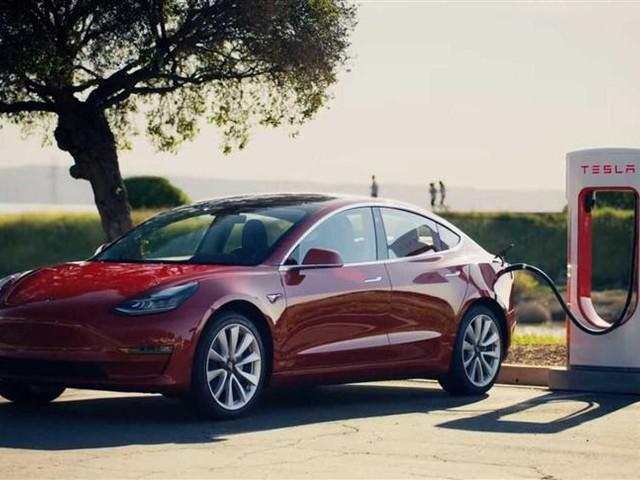 Tesla Model 3 : une nouvelle mise à jour pour un temps de charge réduit