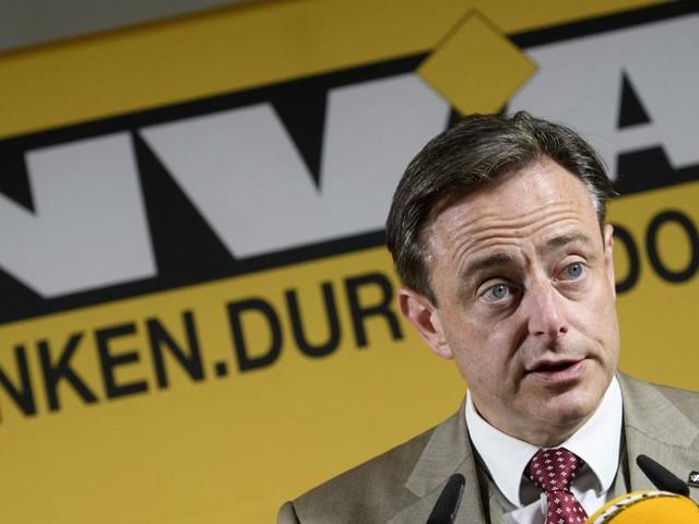 Bart De Wever n'exclut pas une baisse du plafond des 150% mais tient au cumul des mandats