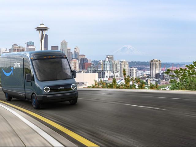Amazon a commandé 100 000 vans électriques Rivian inédits