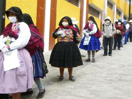 Au Pérou, pauvreté et failles du confinement font s'emballer l'épidémie de coronavirus