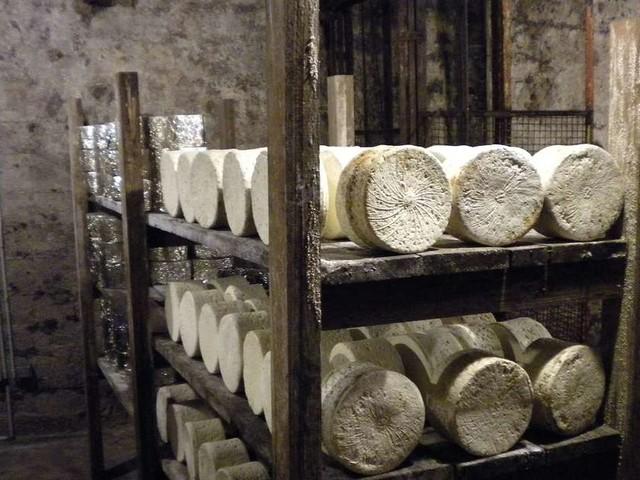 Taxe Gafa : Roquefort, yaourts, vin et savon bientôt taxés à 100% par Washington en représailles ?