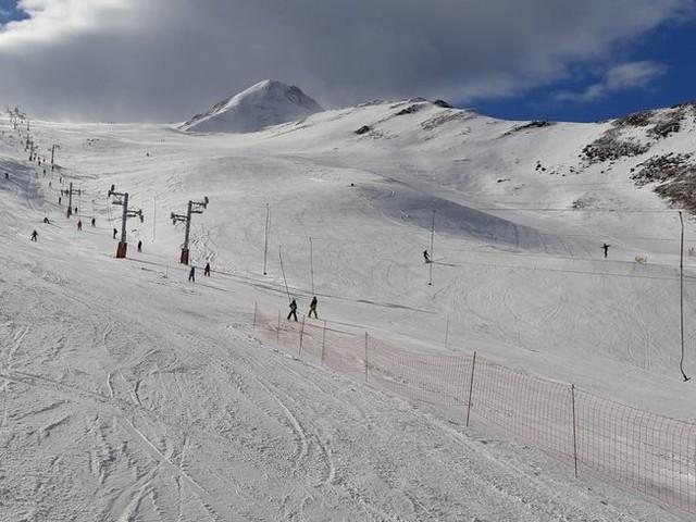 """La CCI des Hautes-Pyrénées regrette """"l'incertitude"""" autour des stations de ski et réclame des aides"""