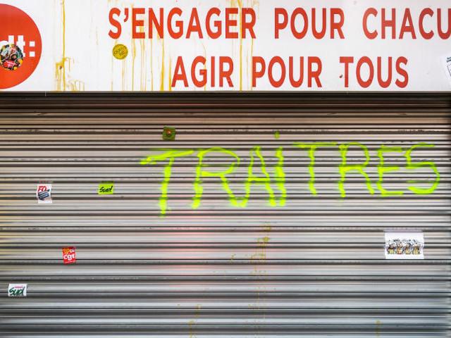"""Les locaux parisiens de la CFDT """"violemment"""" envahis par des grévistes, selon Laurent Berger"""