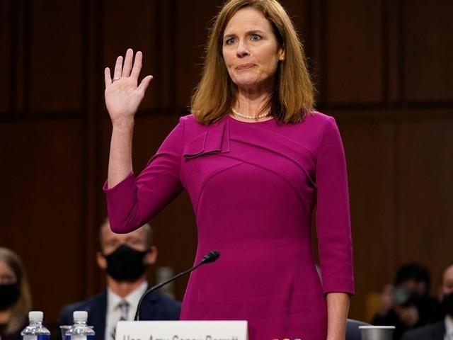 États-Unis: la nomination de la juge Barrett pourrait être confirmée ce lundi par le Sénat