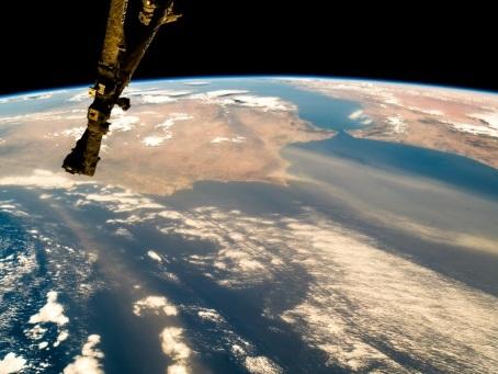 La paix dans l'espace en débat à Genève sur fond de force spatiale américaine