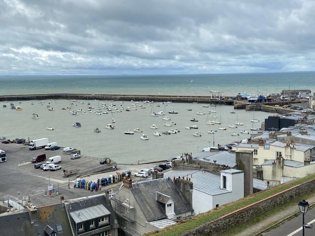"""Podcasts """"Voyagez en France"""": Découvrez Granville Terre et Mer dans cette interview de Déborah Le Goff, directrice de l'office du tourisme"""