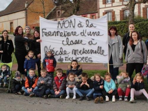 Tillières-sur-Avre. La fermeturede la classe de maternelle met élus et parents en colère