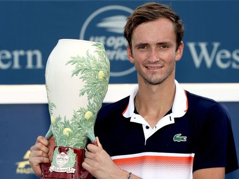 Tennis: à Cincinnati, Medvedev s'offre son premier titre en Masters 1000