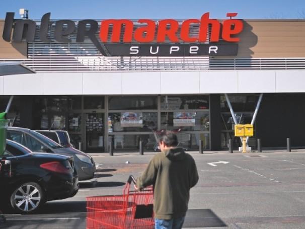 Comment la grande distribution s'est adaptée au confinement et aux ruées dans ses magasins