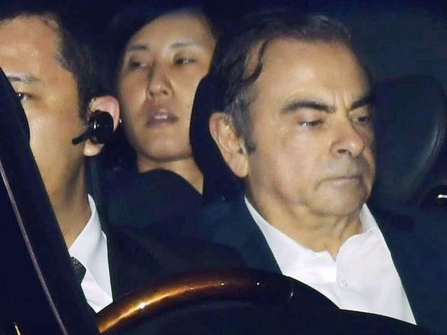 Des parlementaires, dont Jacob et Retailleau, demandent le rapatriement de Ghosn en France