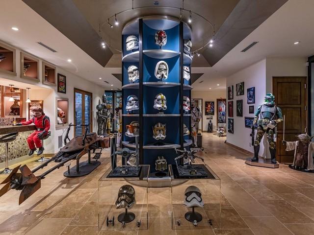[Zone 42] Cette collection installée dans un manoir de Los Angeles va séduire tous les fans de Star Wars !