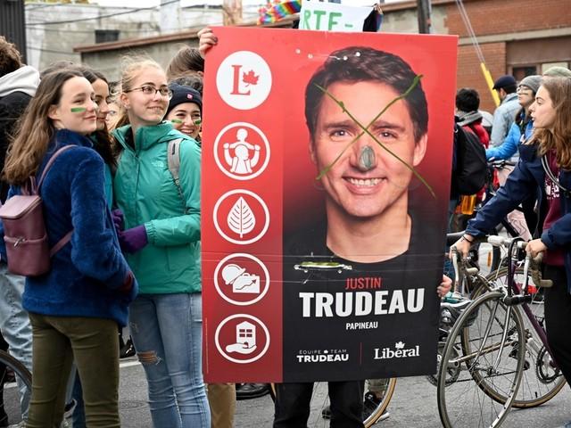 «Immense déception» des jeunes universitaires face au bilan environnemental de Trudeau