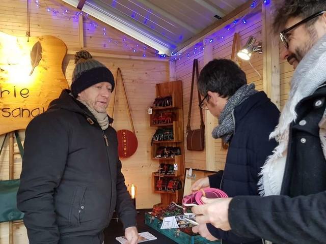 Bordeaux : le marché de Noël solidaire a pris ses quartiers sur les quais
