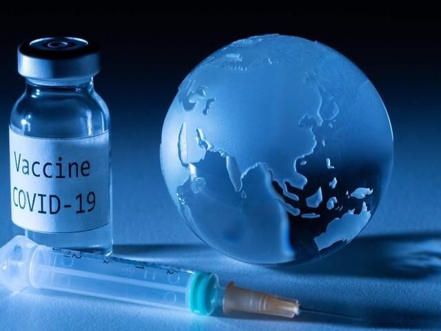 """Covid-19 : le G20 promet un accès équitable aux vaccins, Merkel se dit """"inquiète"""""""