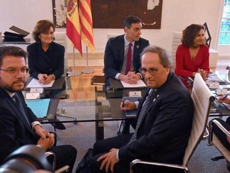 Le dialogue sur la question catalane s'est ouvert à Madrid