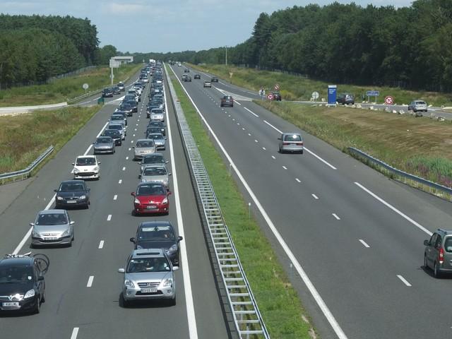Yvelines : il emprunte l'autoroute à trottinette et meurt dans un accident