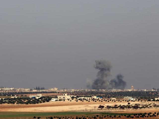 L'armée syrienne chasse les jihadistes d'une importante base à Idleb