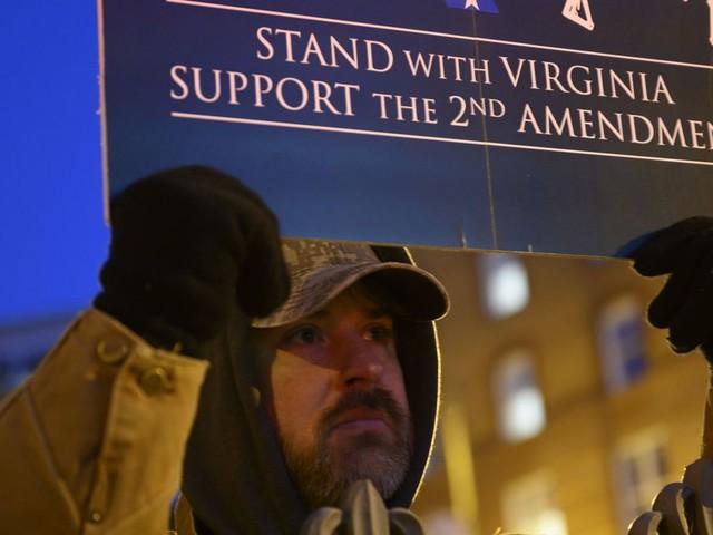 USA: plus de deux ans après les violences de Charlottesville, les pro-armes se rassemblent sous haute sécurité en Virginie